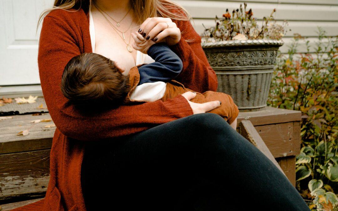 Karmienie piersią – wszystko co powinnaś wiedzieć